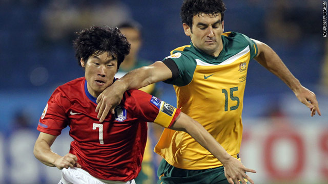Australia's goalscorer Mile Jedinak, right, challenges South Korea midfielder Park Ji-Sung in Friday's 1-1 draw.