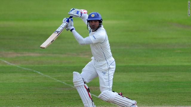 Kumar Sangakkara scored a century for Sri Lanka to help the tourists claim a third Test draw at the Rose Bowl.