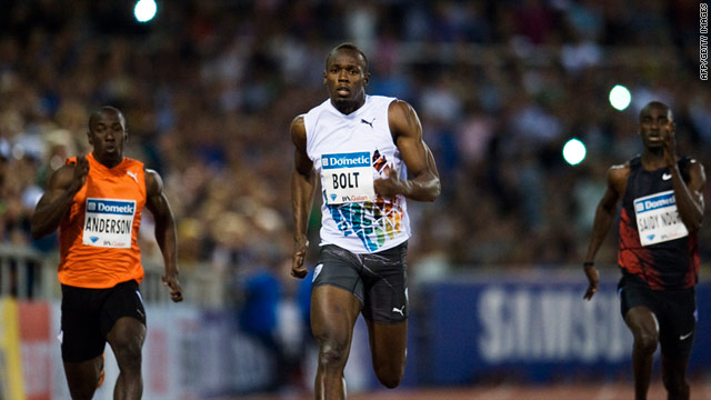 Usain Bolt (center) proved a class apart as he eased to victory in the 200m at Stockholm.