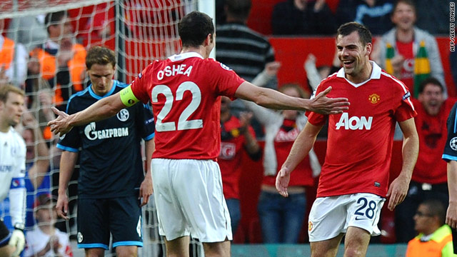 Darron Gibson (right) celebrates his goal as Manchester United secured their place in the Champions League final.