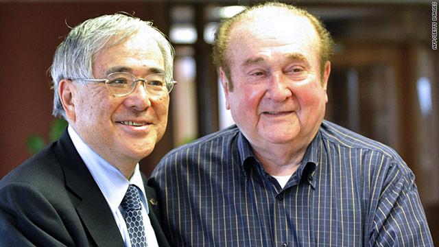 JFA president Junji Ogura met with the head of the South American confederation, Nicolas Leoz, in Asuncion on April 3.