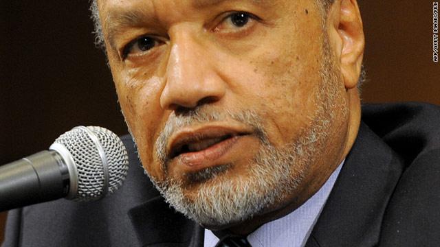 Mohamed bin Hammam had been the only challenger to FIFA's incumbent president, Sepp Blatter