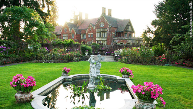 Early-20th-century millionaire Chester Thorne erected a palatial estate in Lakewood, Washington, for his wife.