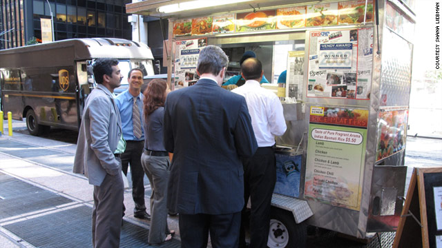 A New York street-food vendor dishes on keeping his cart clean, the truth about leftovers and good customer service.