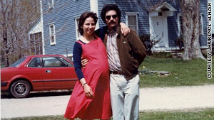 """Ilana Glazer was """"inspired"""" after traveling with her parents (above), Sandi and Larry."""