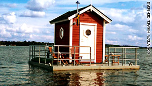 The Utter Inn is located on Lake M�laren in Sweden.