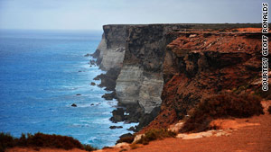 A cruise along the coast of northwestern Australia is an ideal  way to see its beauty.