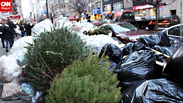 iReporter Julio Ortiz-Teissonniere submitted this photo of garbage on a New York sidewalk.
