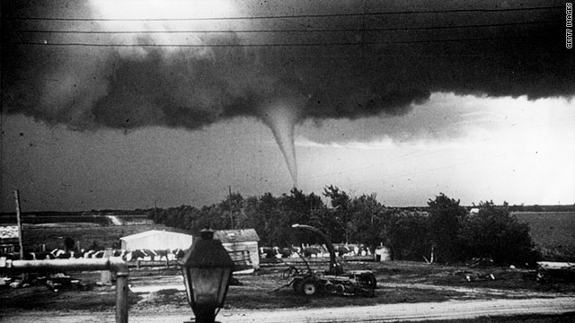 A Kansas tornado in 1959, less than a decade after the Weather Bureau began issuing tornado forecasts.