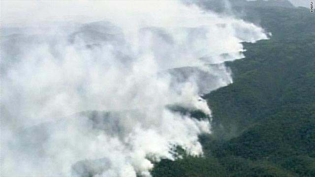 1,000 battle Arizona wildfires