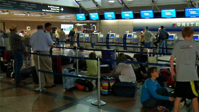 Hundreds of passengers at several U.S. airports are stranded after a glitch with United Airlines' computer systems.