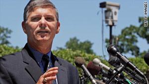 The Army-FBI probe into the burials will continue, said Christopher Grey, Criminal Investigation Command spokesman.