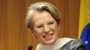French Foreign Minister Michele Alliot-Marie indicated that France will ask for a complete arms embargo against Libya.