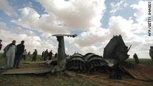 story.f15.crash.afp.gi.jpg
