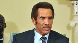 The government of President Ian Khama has not given a pay raise to civil servants for the past three years.