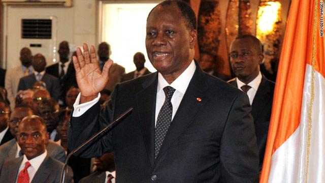 Encuentran 10 fosas con 68 cadáveres en Costa de Marfil