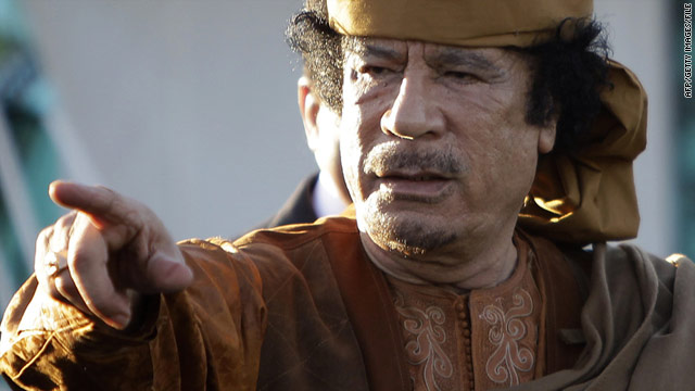 A compound belonging to embattled Libyan leader Moammar Gadhafi was hit by explosions on Saturday morning.