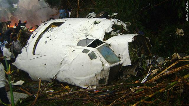 Aquarius due bimbi sono sopravvissuti allo schianto dell for Cane nella cabina dell aereo