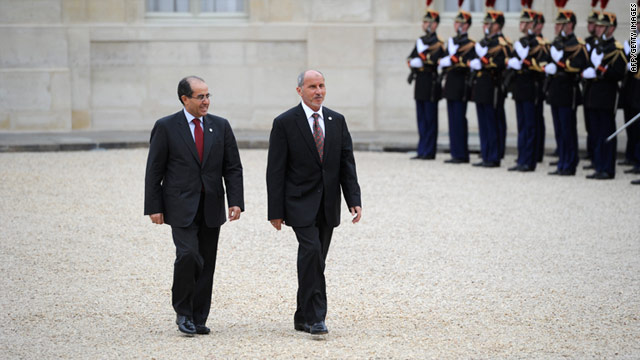 Mustafa Abdel Jalil (right) and Mahmud Jibril of the Libyan National Transitional Council in Paris on September 1.