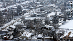 Some 16,000 residents of rural areas in Araucania remain isolated due to heavy snowfall, authorities report.