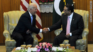 U.S. Vice President Joe Biden met with Pakistan's President Asif Ali Zardari in Islamabad Wednesday.