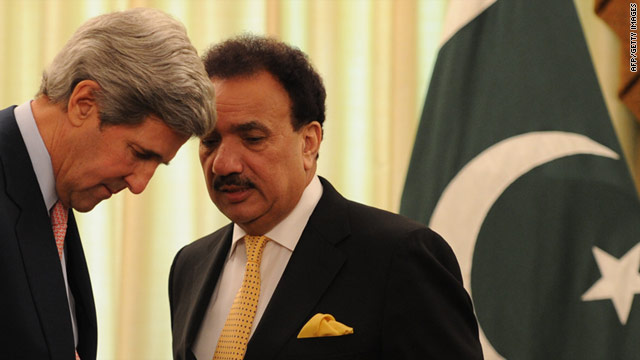 Interior Minister Rehman Malik chats with U.S. Senator John Kerry in Pakistan earlier this week.