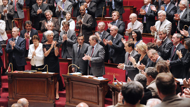 French ministers celebrate the announcement of the release of the two French journalists kidnapped by the Taliban