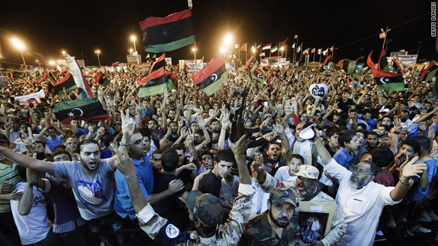 Thousands of Libyan rebels in the eastern stronghold of Beghazi celebrate the rebel incursion in the capital, Tripoli. South Korean construction companies are celebrating, too.