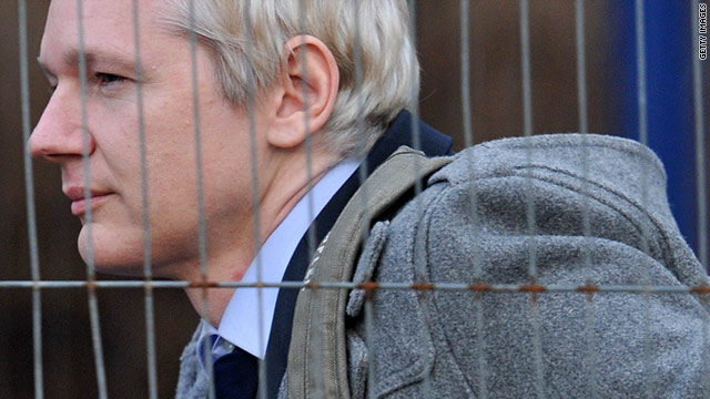 t1larg.assange.gi.jpg