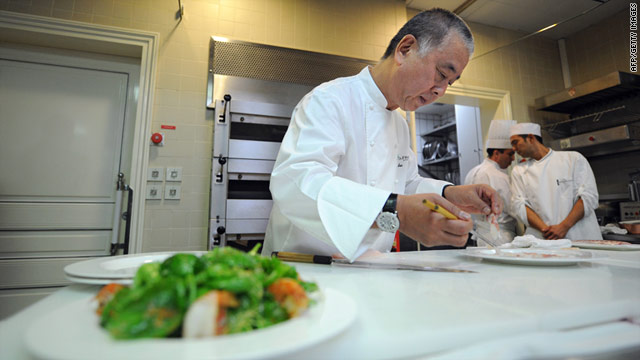 Japan's sushi maestro Nobuyuki Matsuhisa would serve the couple a traditional Japanese breakfast the morning of their big day.