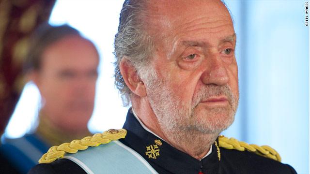 Rey Juan Carlos de España se recupera tras ser sometido a cirugía de cadera