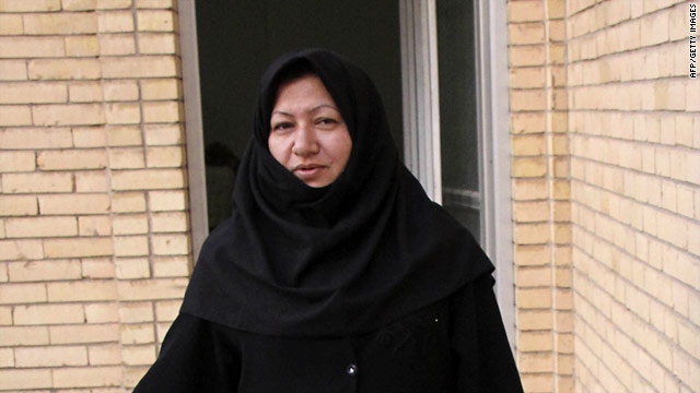 Sakineh Mohammadi Ashtiani has criticized her lawyers for politicizing her case.