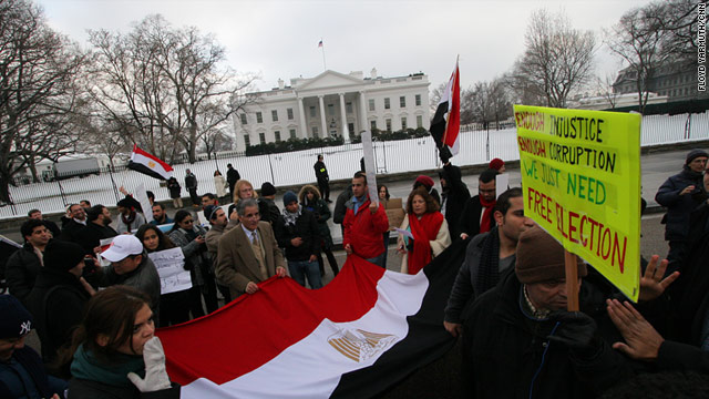 Demonstrators rally in front of the White House in support of protesters in Egypt.
