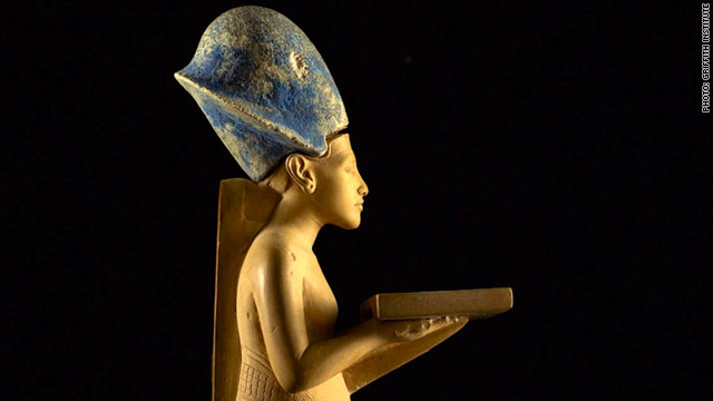 Among the objects missing are a gilded wood statue of King Tutankhamun being carried by a goddess.