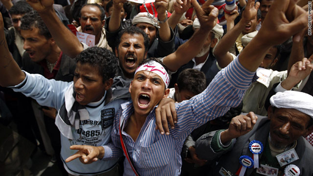 Anti-government protesters demonstrate in Sanaa Sunday as President Ali Abdullah Saleh denies he wants to cling to power.