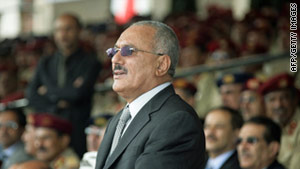 Yemeni President Ali Abdullah Saleh delayed signing a deal that would pave the way for his departure from power.