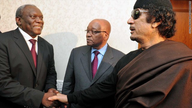 South African President Jacob Zuma, center, meets Libyan leader Moammar Gadhafi on Monday.