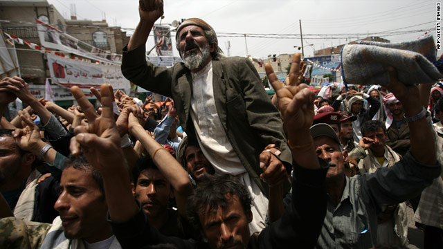 Anti-govenment protestors demonstrate in Sanaa, Yemen, on July 18.