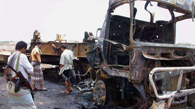 Yemen blames al Qaeda operative for Aden bombing