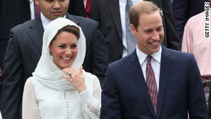 120914082603 will and kate at mosque story body Scandal Pictures of Kate Middleton 2012