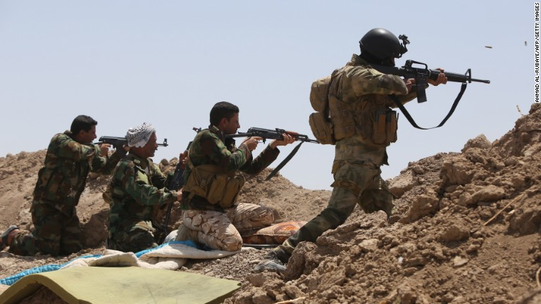 Iraqi forces bombard ISIS-held Falluja