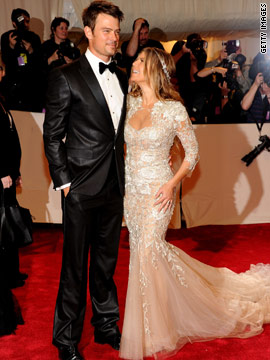 Josh Duhamel and Fergie, Marchesa