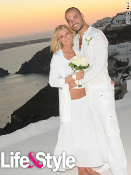 Tara Reid weds Zack Kehayov in Greece