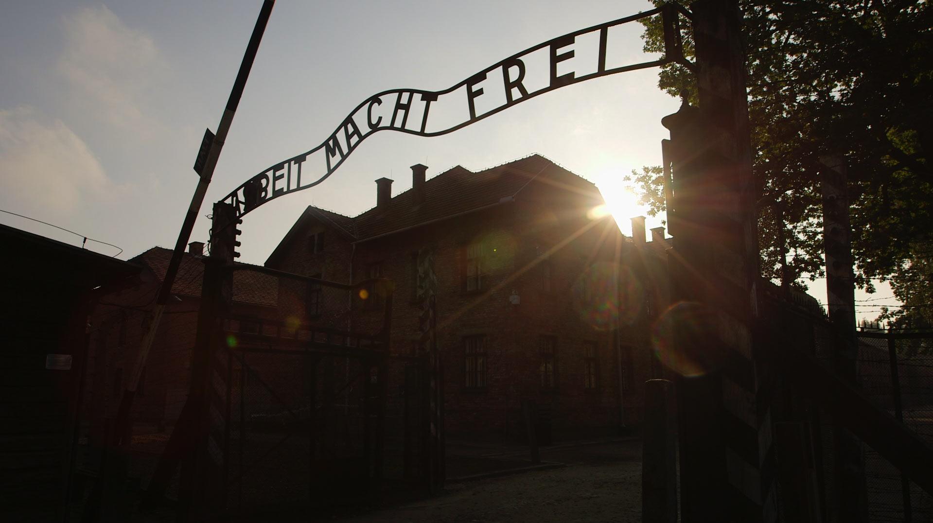 Voices of Auschwitz (c) CNN