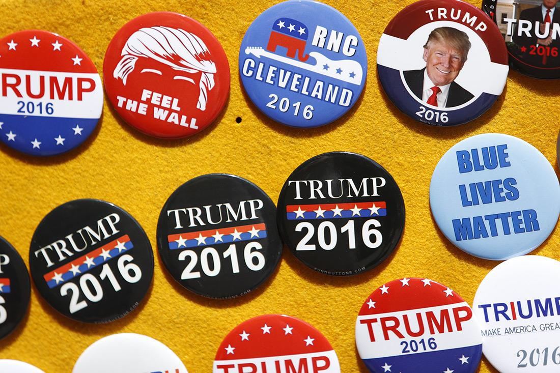 Republican buttons.