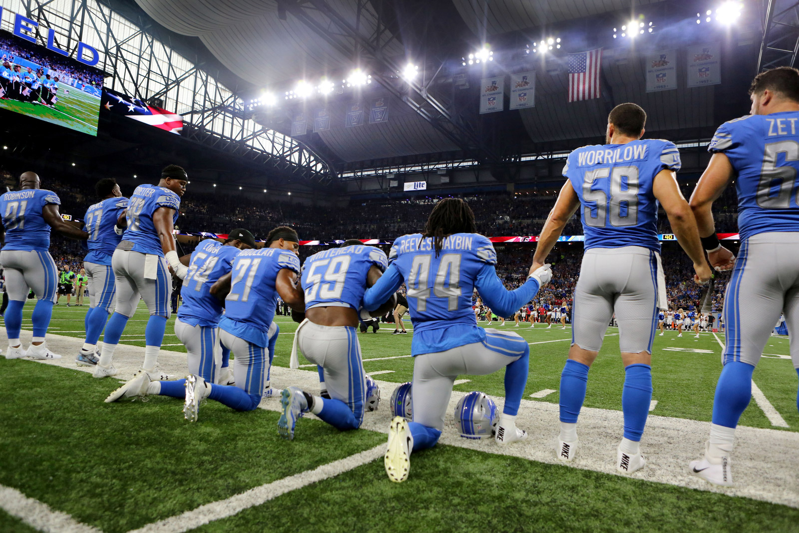 Not Just A Knee Photos From Sunday S Anthem Protests
