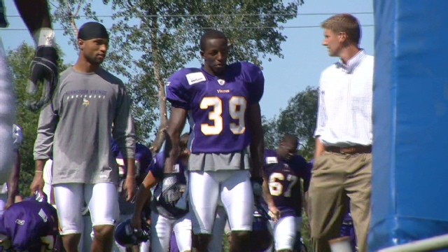 Despite daily Ramadan fast, Muslim NFLer trains for the season