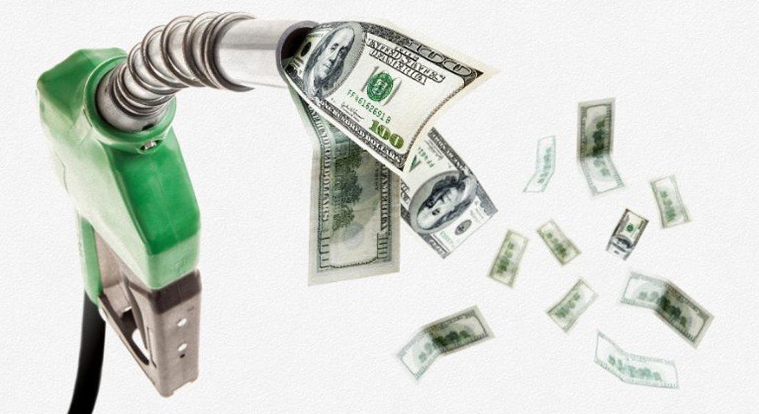 """انهيار أسعار النفط تتسبب بثورة في """"أوبك"""" ضد السعودية"""