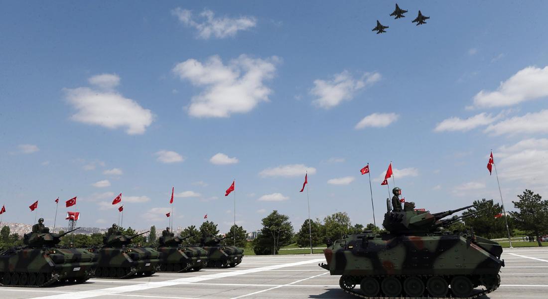 محلل عسكري يحاول مع CNN الرد على السؤال الكبير: لماذا لم تُجب الطائرة الروسية على نداء الأتراك؟