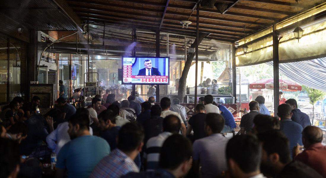 الجزائر تهدد بغلق 5 فضائيات بسبب الكاميرا المخفية والتشدد الديني - CNNArabic.com